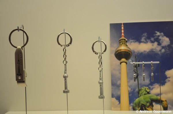Schlüsselanhänger mit Fernsehturm im Dokzentrum