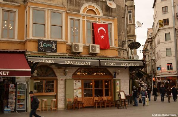 Istanbuler Eingänge im November 2011