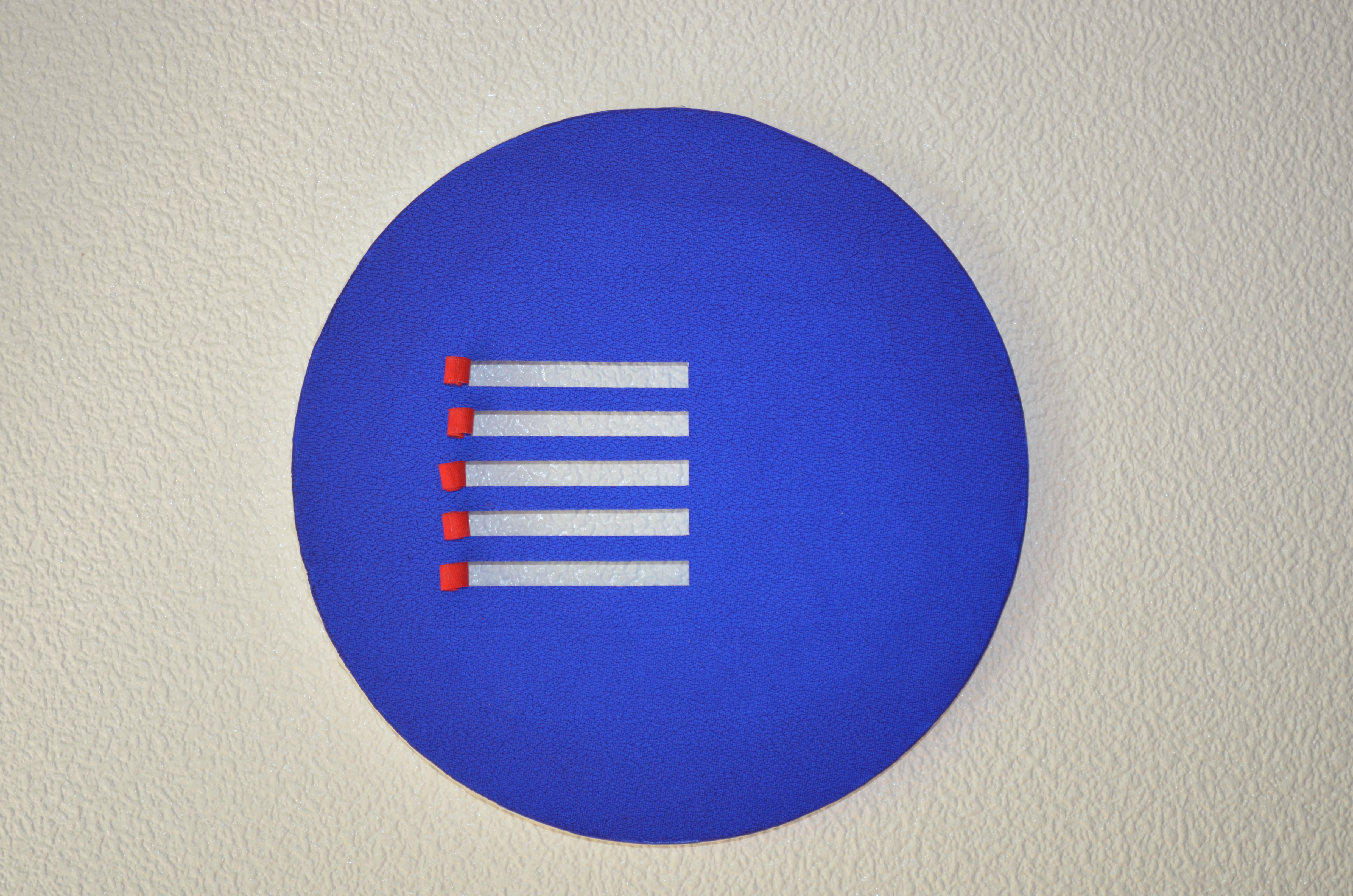 Acryl - blaues Rund mit rotem Quadrat