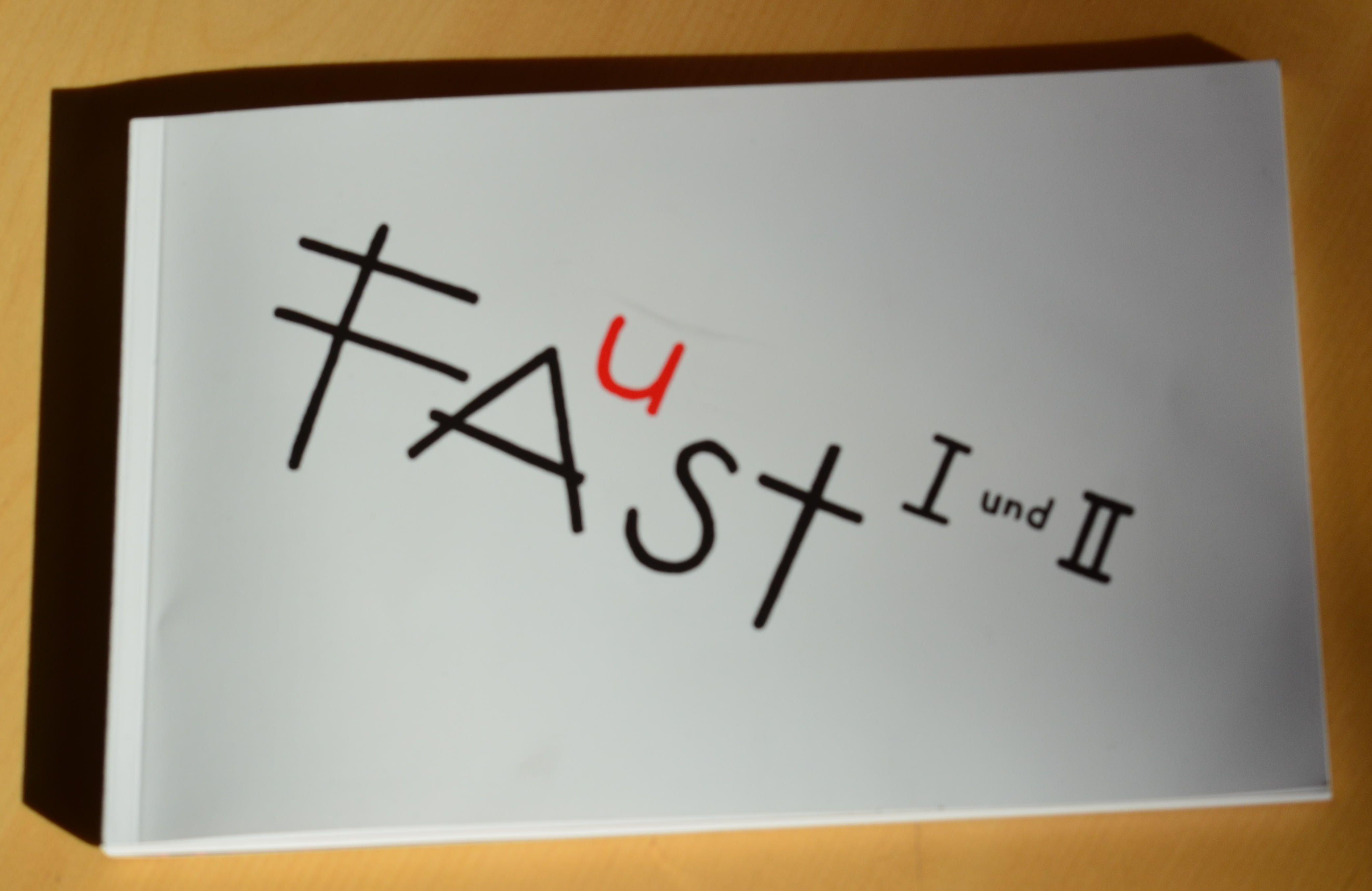 Programmheft von Faust I und II am Berliner Ensemble